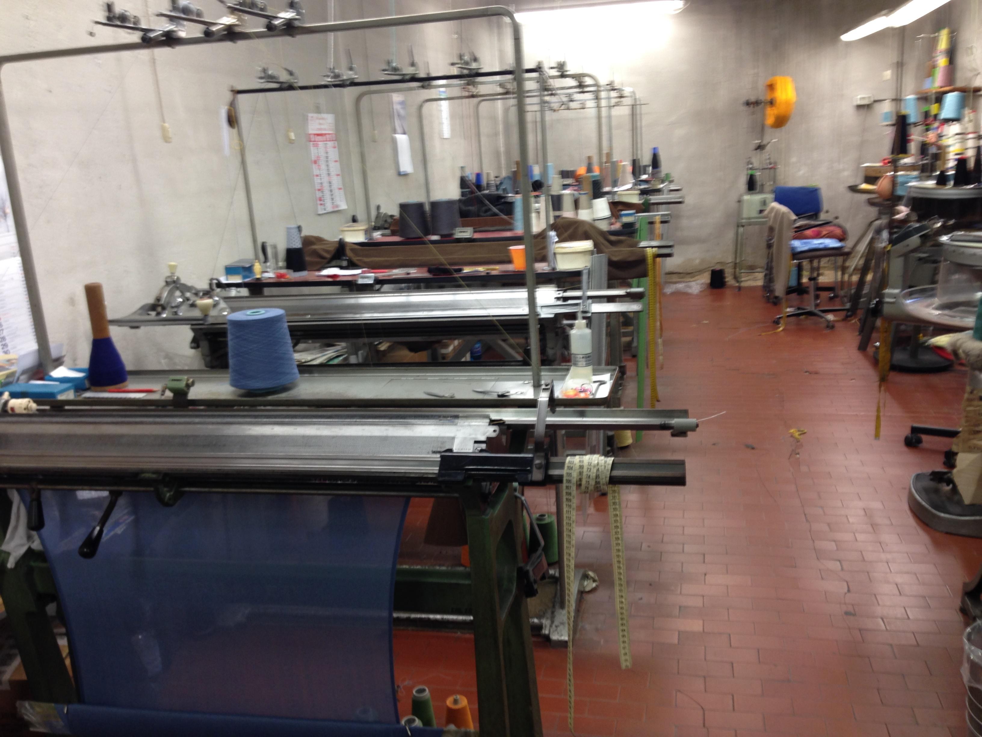 Macchine, impianti ed attrezzature per abbiglia...