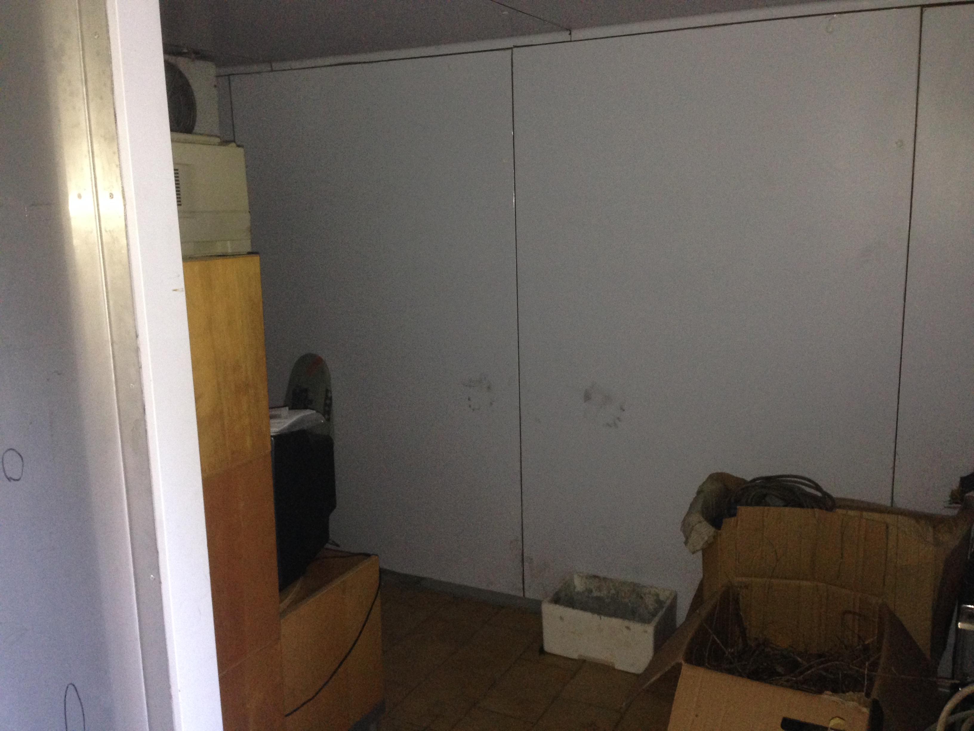 cella frigorifero con pareti assemblate e senza...