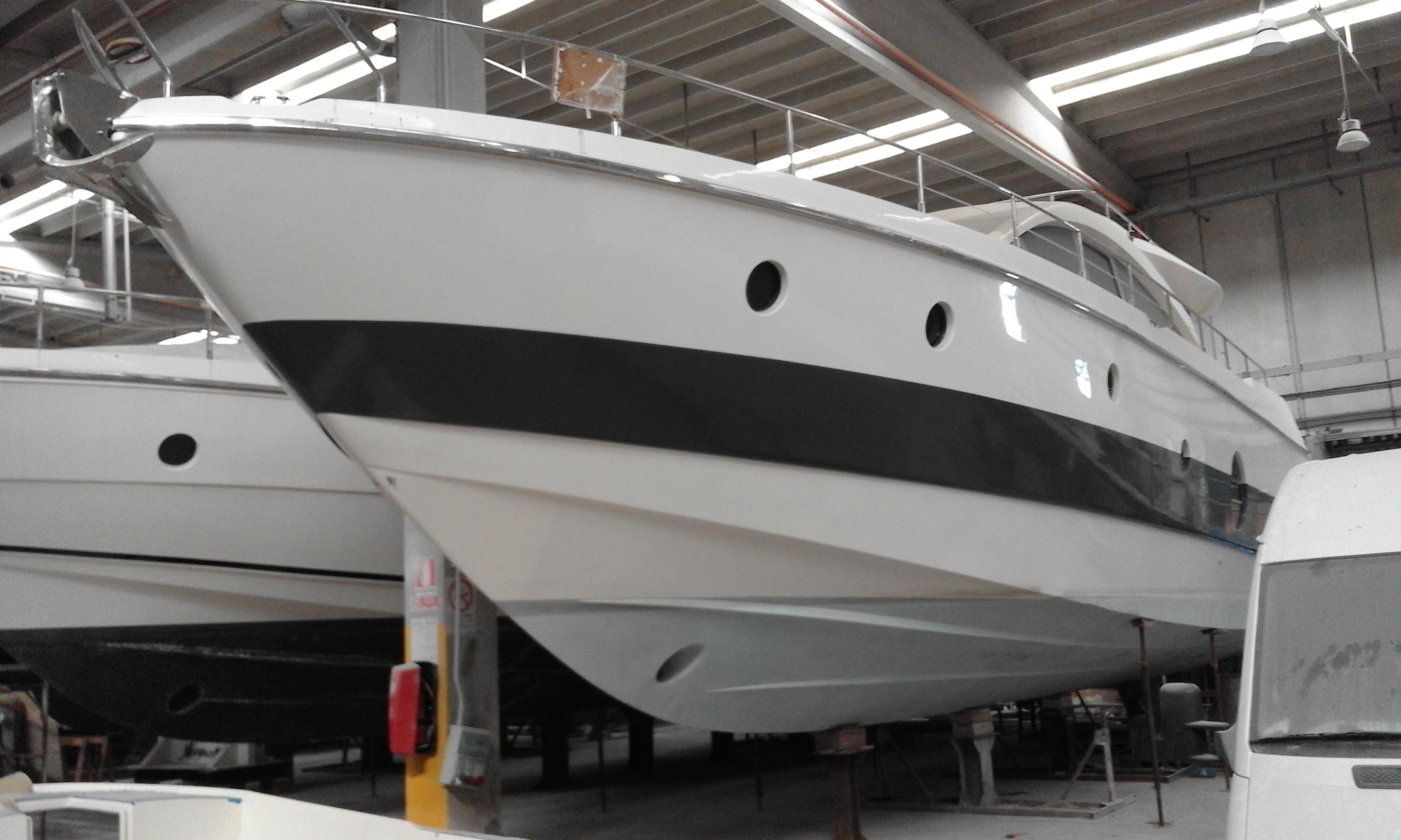 Imbarcazione Aicon Fly 62-27