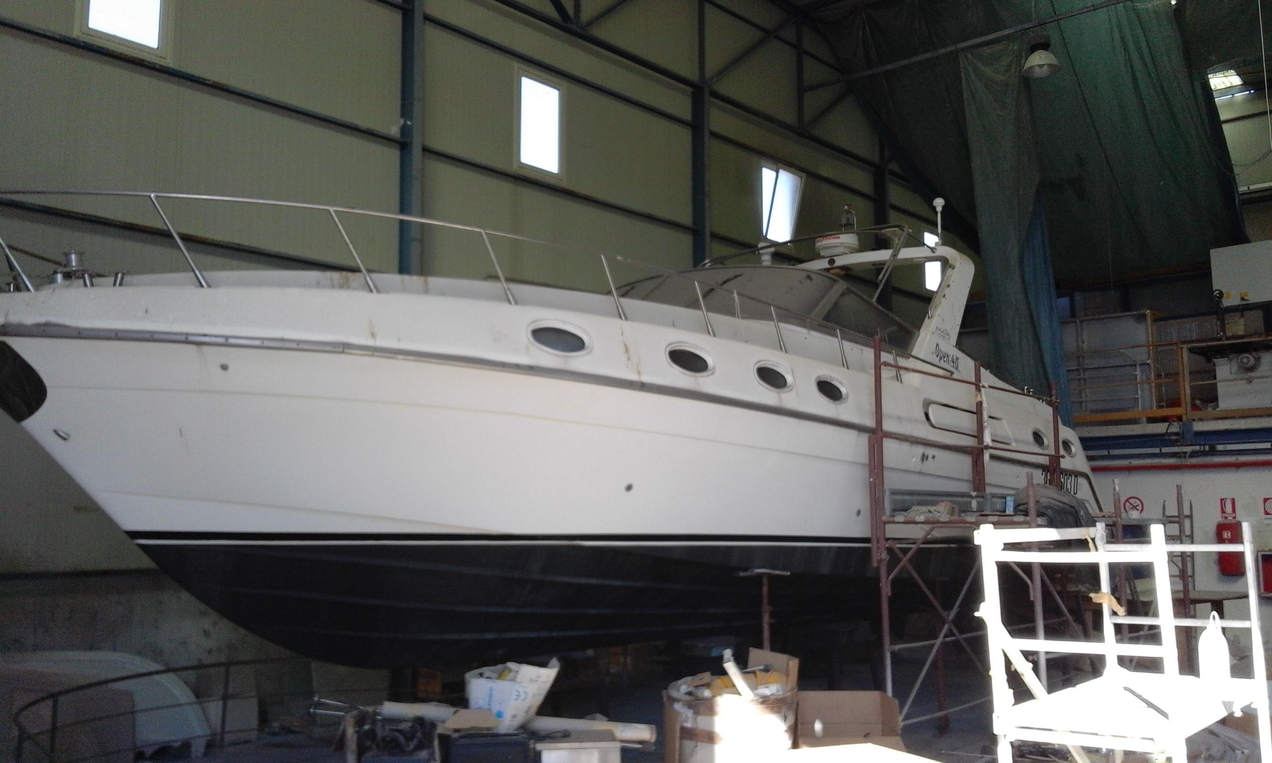 Imbarcazione Aicon Piantoni 40