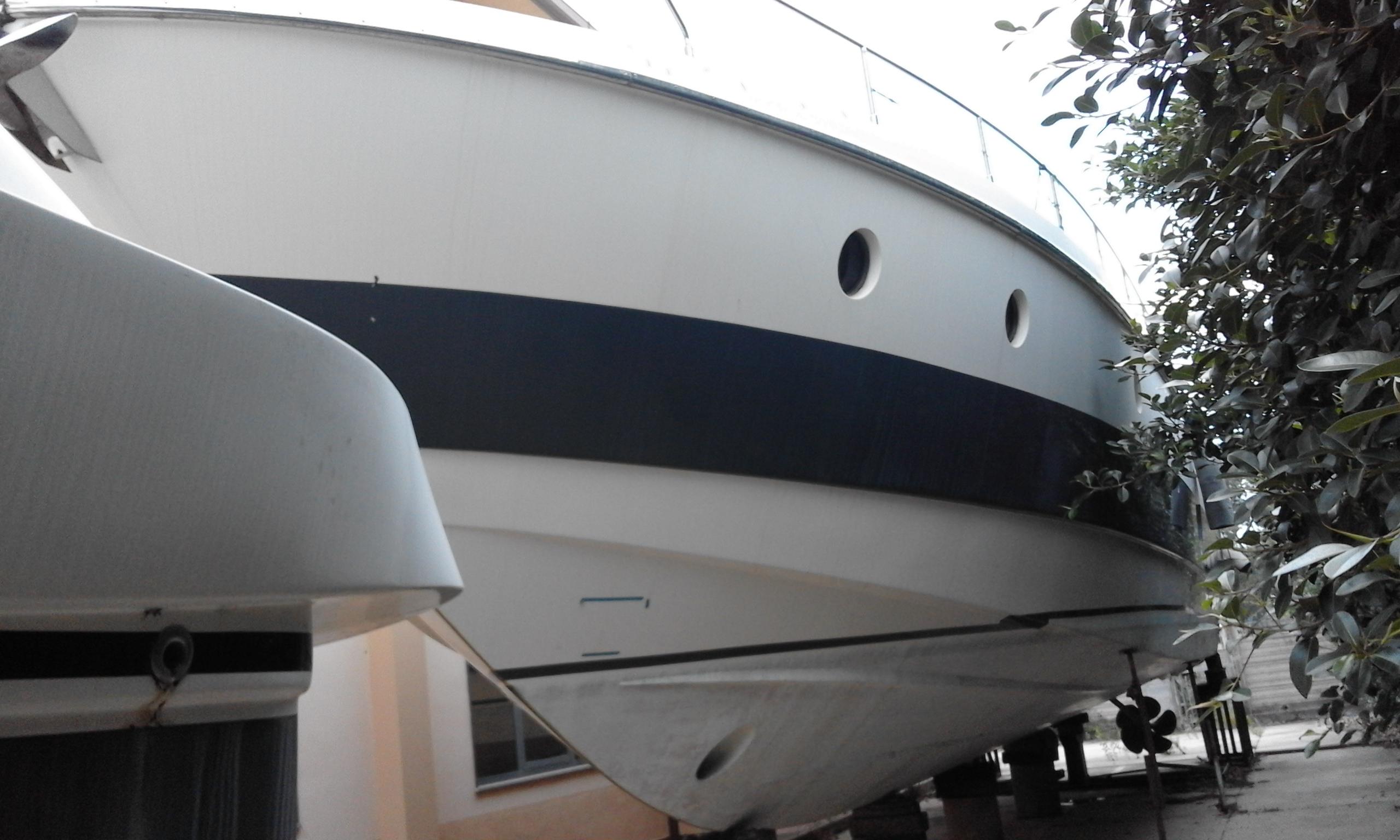 Imbarcazione Aicon Fly 62-20