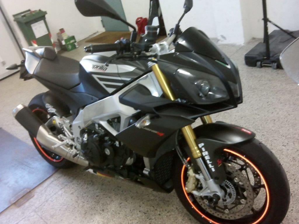 Moto Aprilia  Tuono V4 cc. 999
