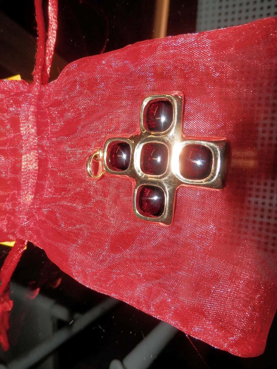 Ciondolo Pomellato croce Bisanzio grande