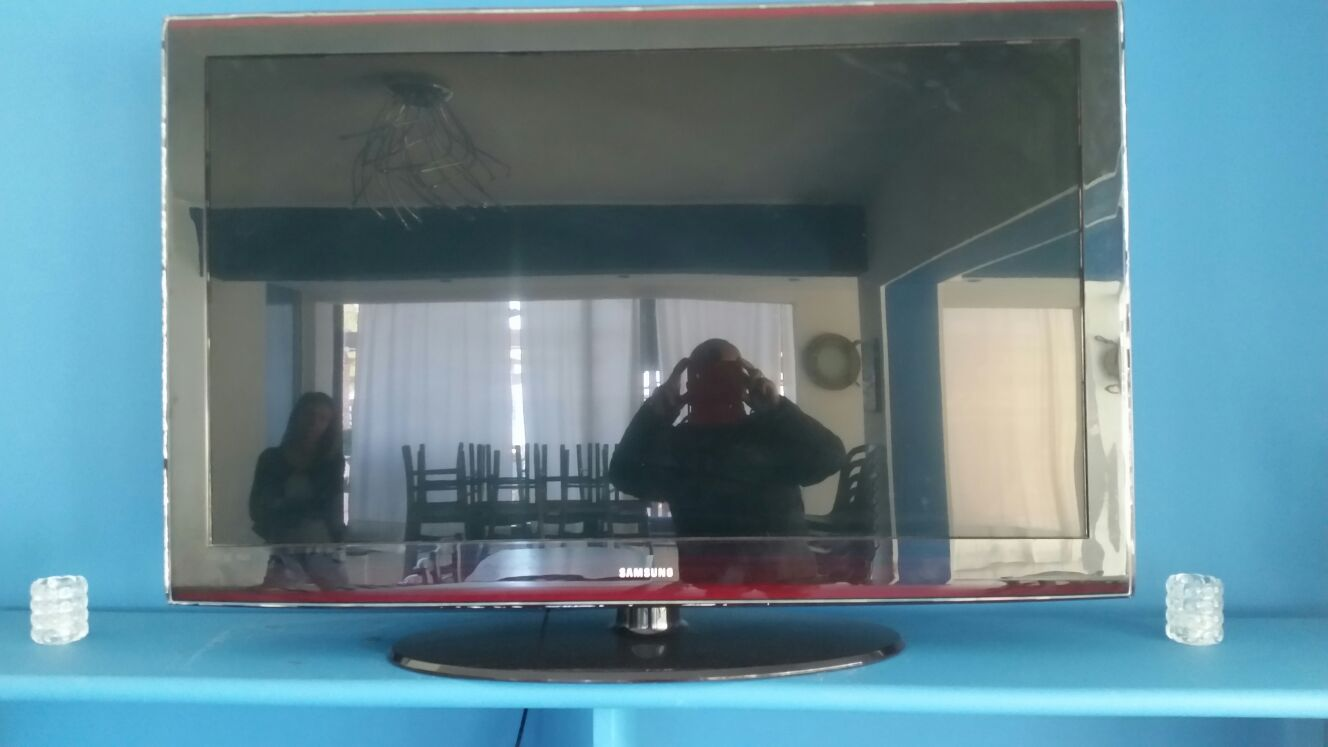 N. 1 TV COLOR MARCA SAMSUNG