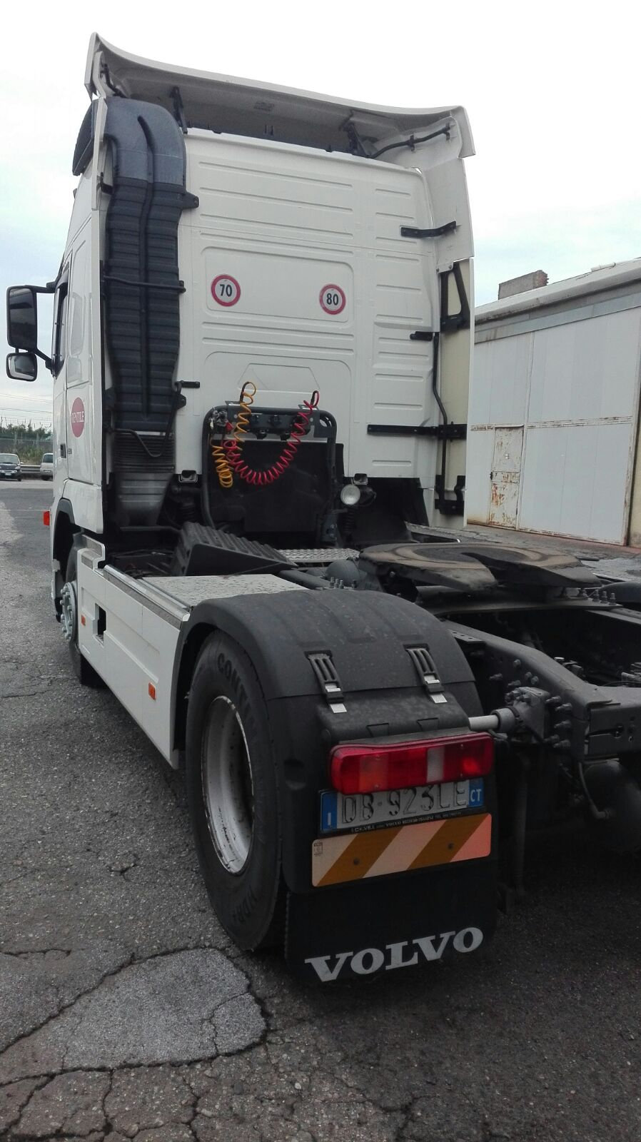 N. 1 TRATTORE VOLVO TRUCK FH 42 T