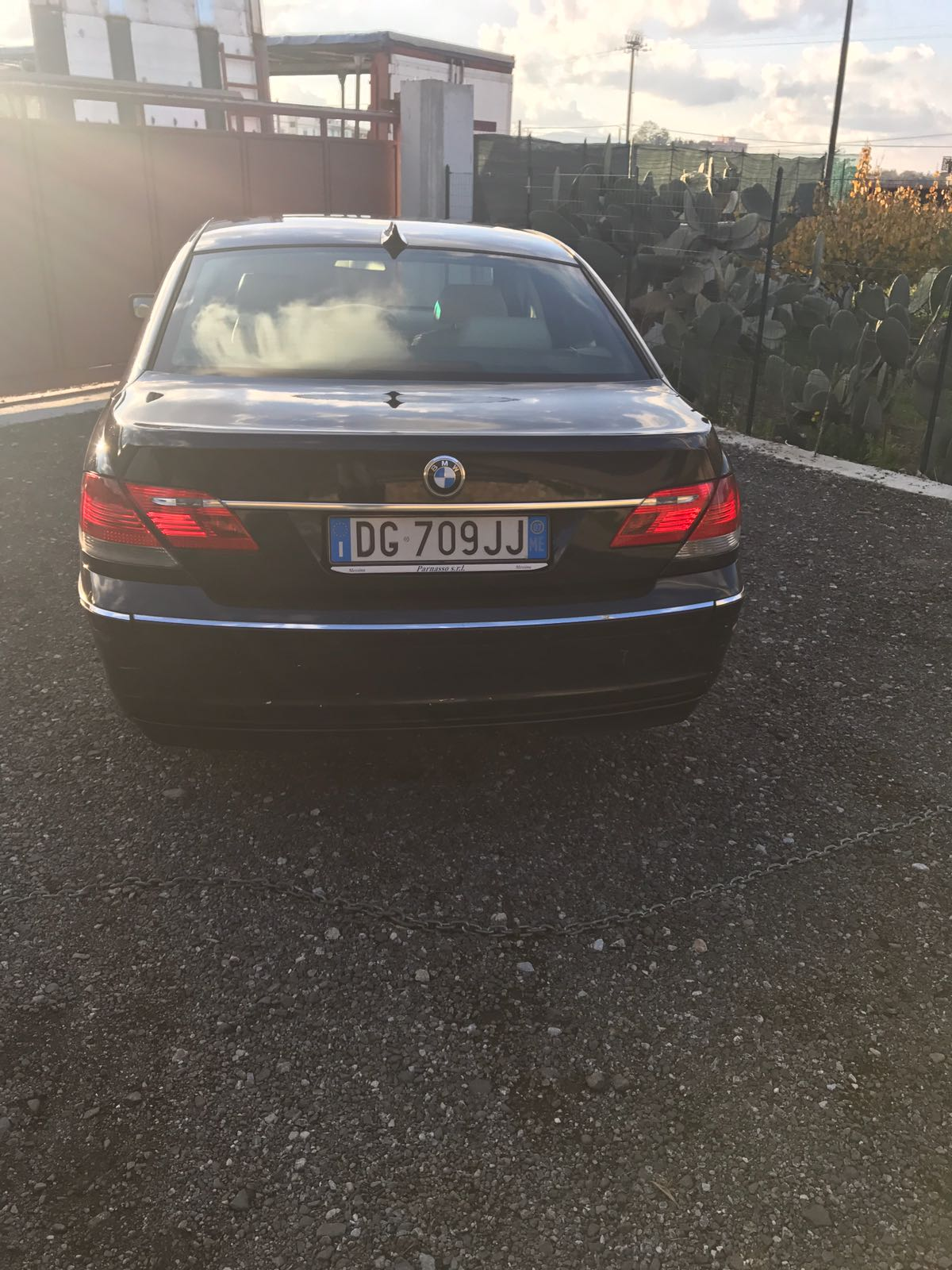 N. 1 AUTOVETTURA BMW 730 D