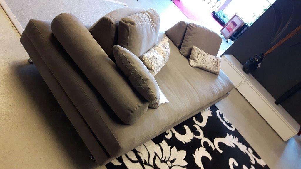 divano / divan modello Wide