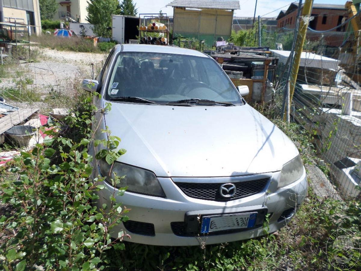 Mazda anno 2003