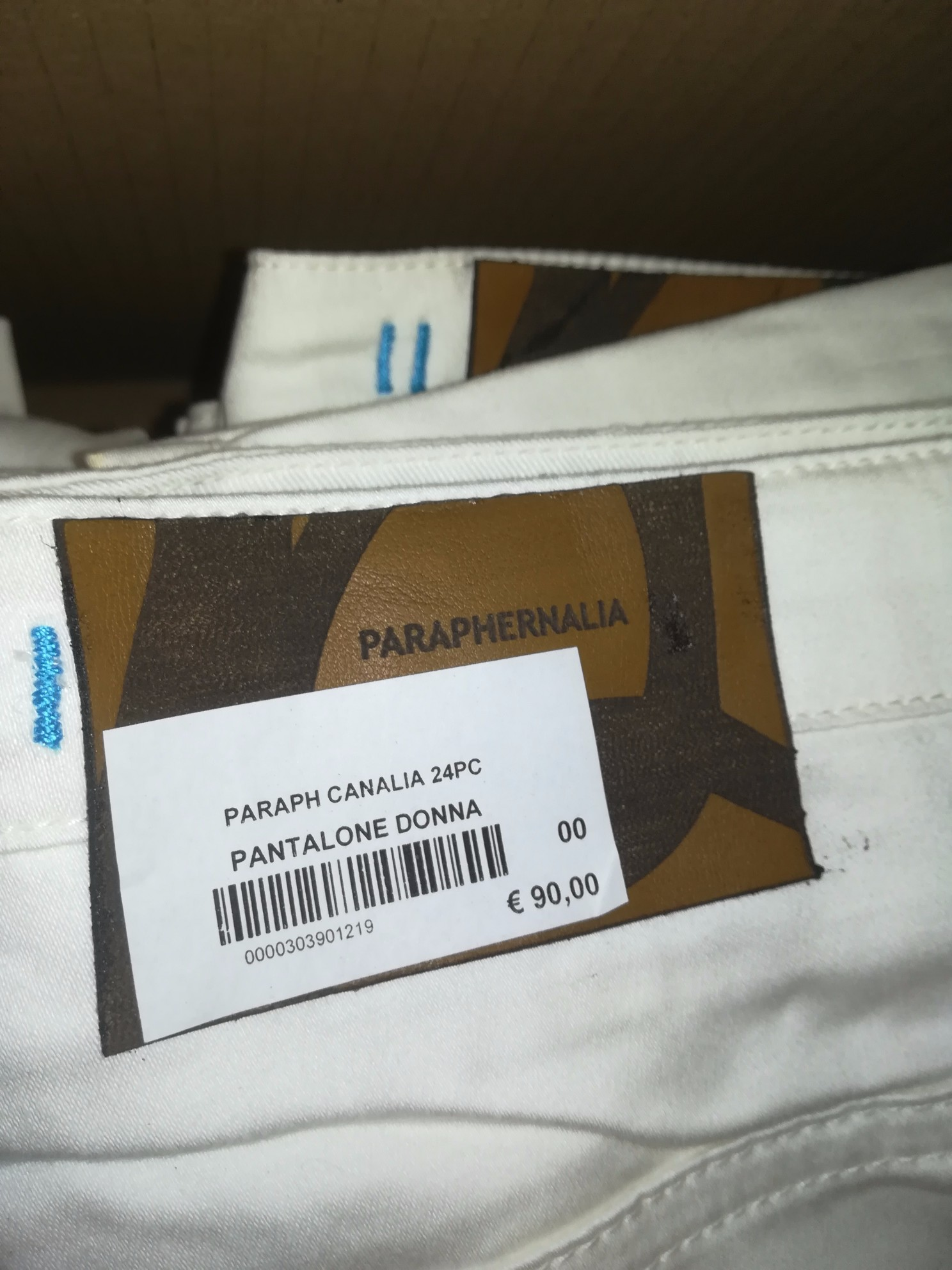 N.120 PANTALONI DONNA MARCHIO PARAPHERNALIA,N.3...