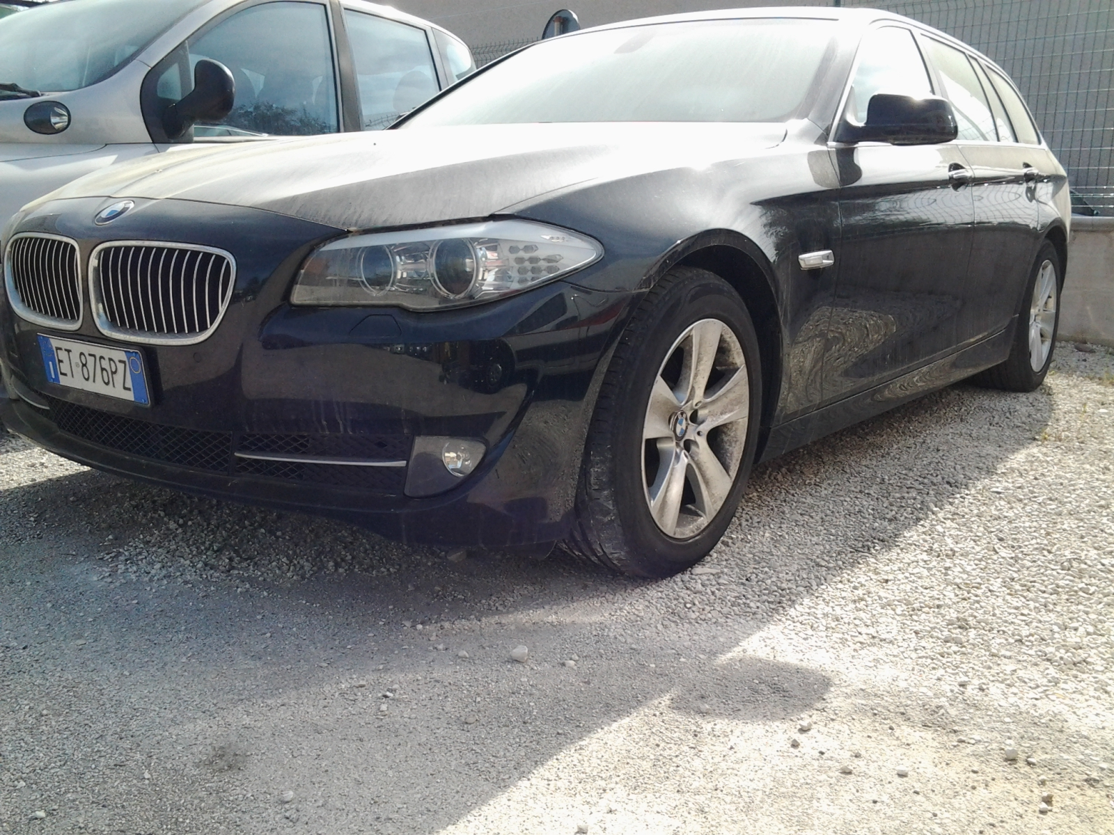 AUTOVETTURA BMW 520D TG. ET876PZ