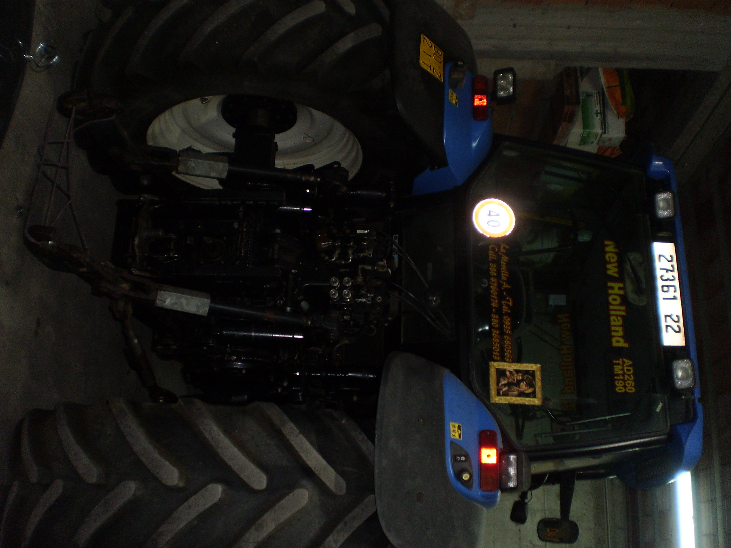 Trattore agricolo New Holland AD260 TM190