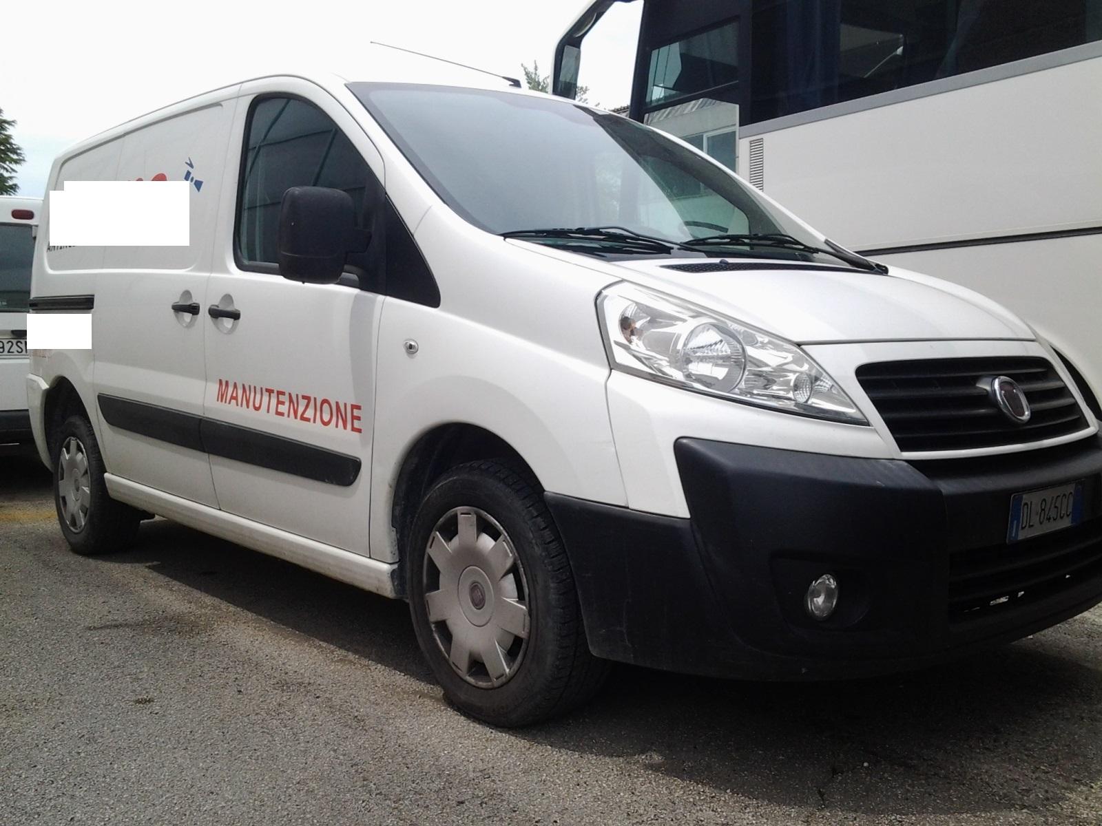 AUTOCARRO FIAT SCUDO  tg. DL845CC