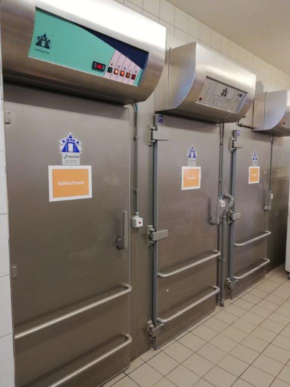 3 celle frigorifere / kühlzellen  marca Koma