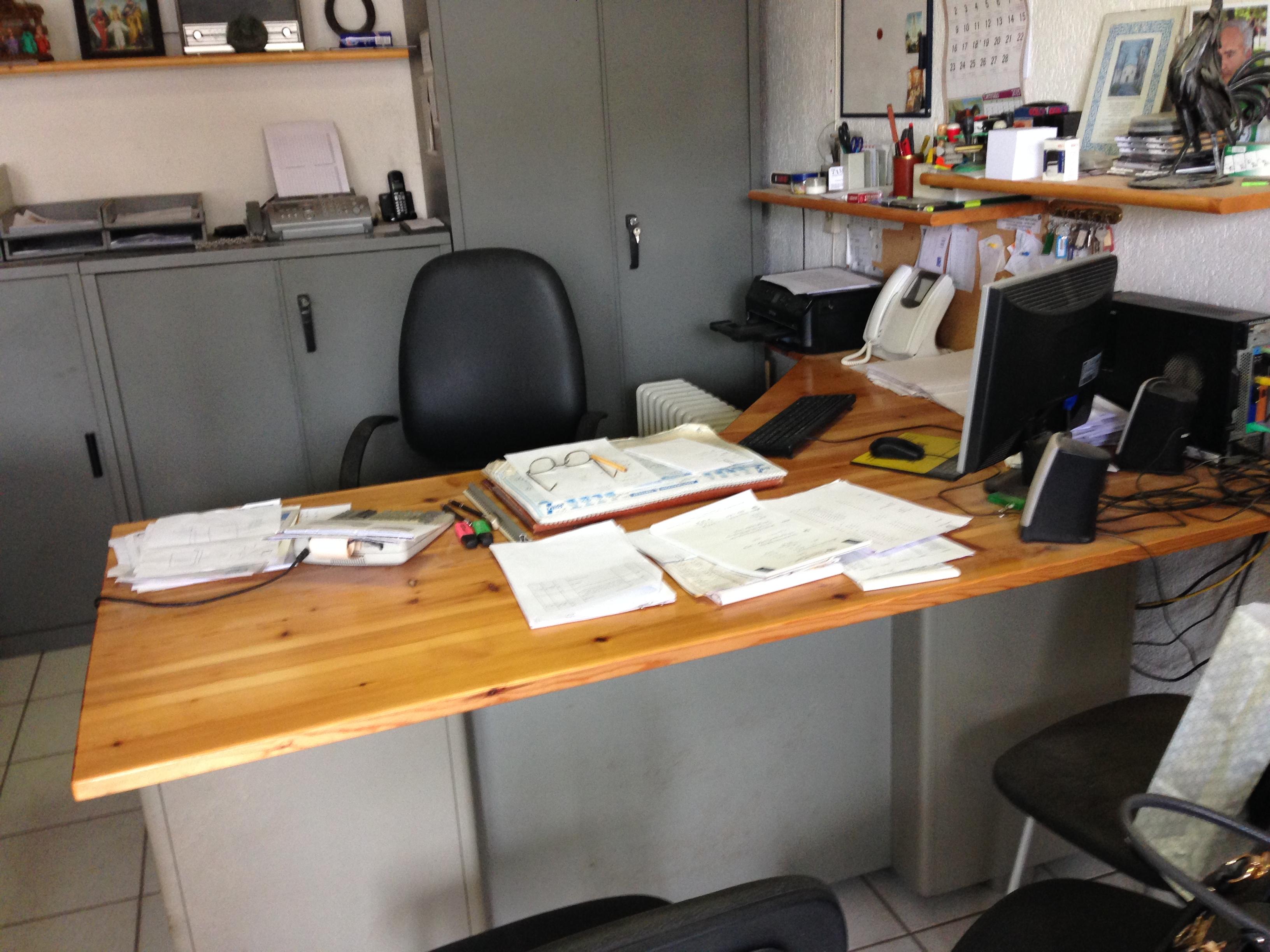 mobili da ufficio in ferro
